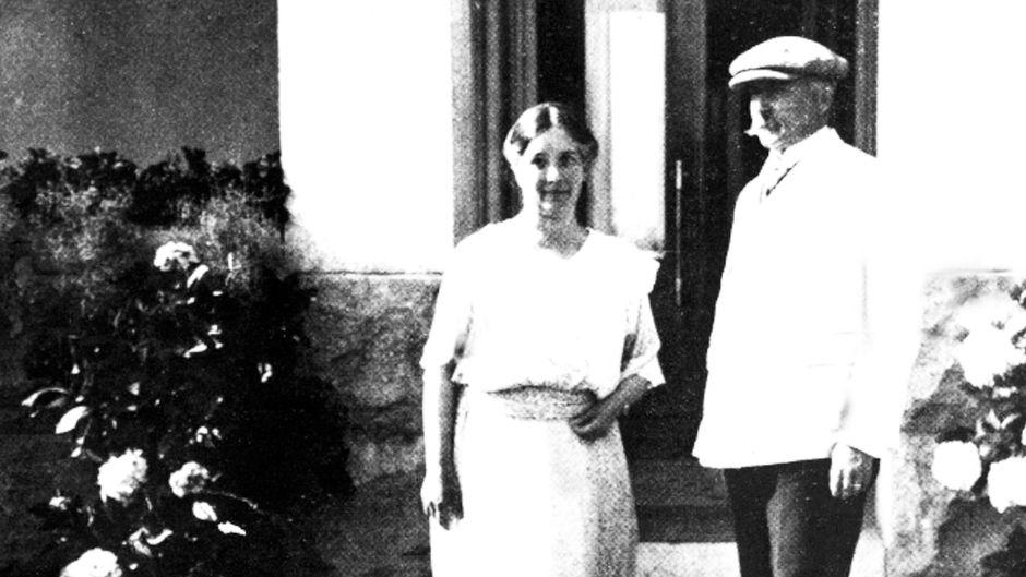 Presidentti K.J. Ståhlberg ja Ester Ståhlberg Kultarannassa.