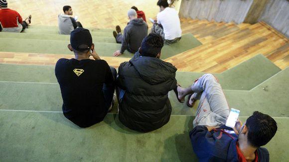 Turvapaikanhakijoita Evitskogin vastaanottokeskuksessa Kirkkonummella 2. helmikuuta 2016.