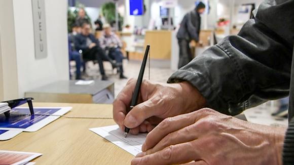 kirjoittavat kädet