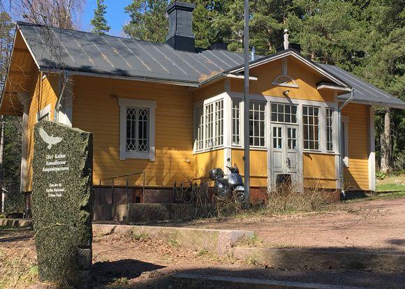 Vahtimestarin talo, entinen kahvila