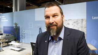 Sisustusarkkitehti ja muotoilija Tapio Anttila