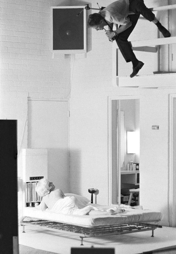 Douglas Kirkland kuvaa Marilyn Monroeta
