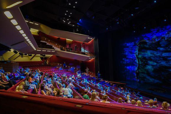 Helsingin Kaupunginteatteri, korona