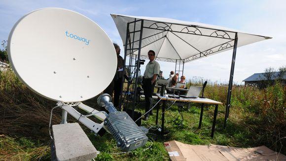 Soneran satelliittilaajakaistan esittelytilaisuus Juankoskella.