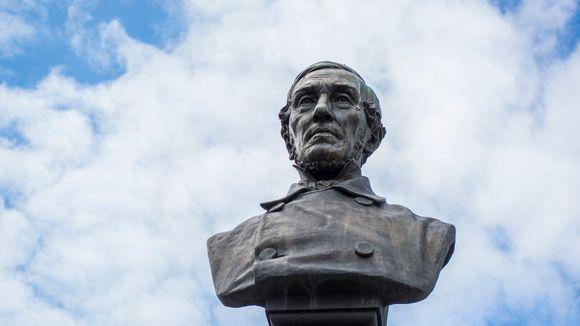 J. V. Snellmanin patsas
