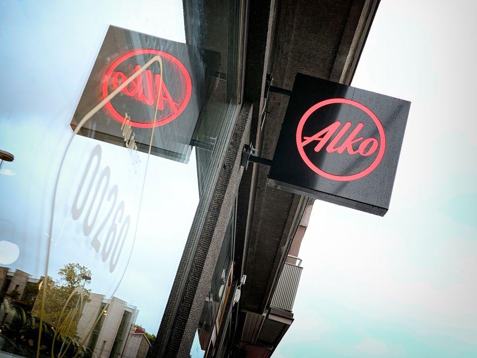 Продажи Alko упали на миллионы литров после вступления в силу нового алкогольного ...