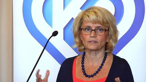 Päivi Räsänen eduskuntaryhmän kokouksessa Lahdessa