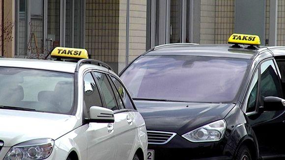 Финляндия не хочет затруднять деятельность такси по перевозке пассажиров через финляндско ...