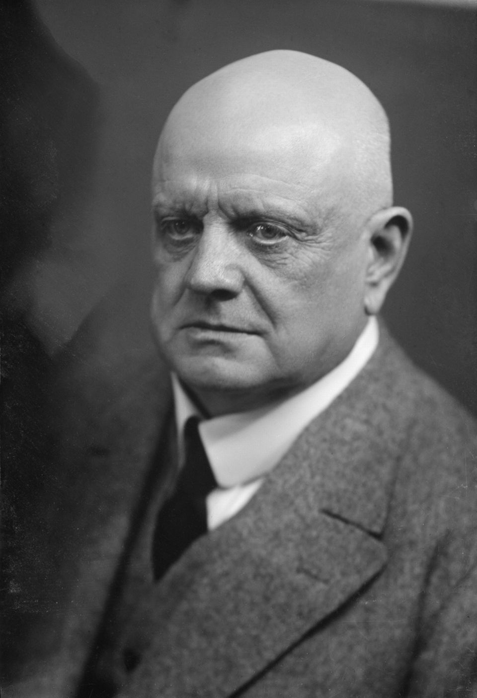 an introduction to the life of jean sibelius
