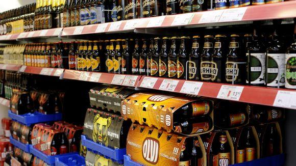 Olutta Ruoholahden Citymarketissa Helsingissä 28. heinäkuuta 2011.