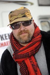 Juha-Pekka Väisänen kuvattuna 22. maaliskuuta 2011 kommunistisen puolueen tilaisuudessa.
