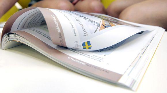 Ruotsin kielen oppikirja.