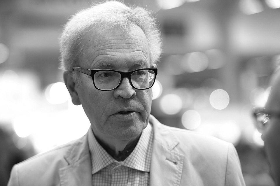 Midnight Sun film festival director Peter von Bagh passes   Yle Uutiset   yle.fi