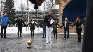Perussuomalaiset Nuoret pitivät kevätkokouksensa Mikkelissä 21. helmikuuta 2015, ja polttivat EU-lipun maljassa sekä jakoivat markan kolikoita.
