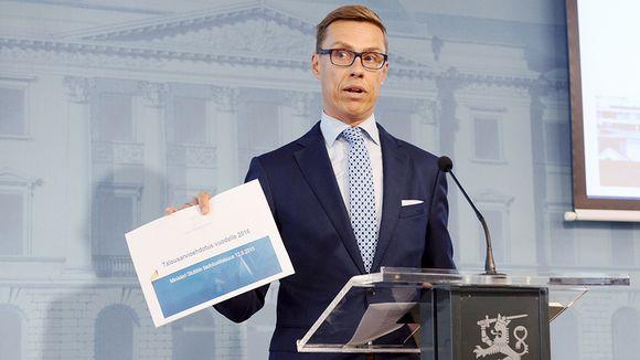 Alexander Stubb esittelee vuoden 2016 budjettiehdotusta Helsingissä.
