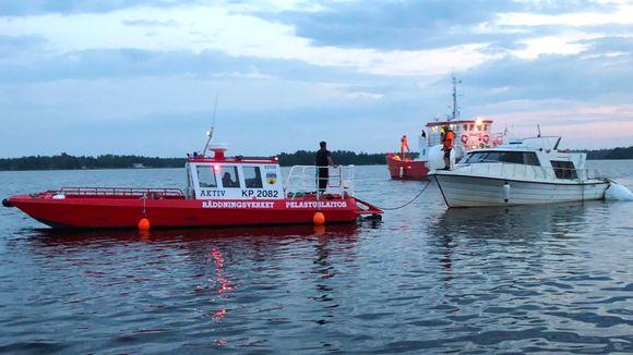 m/s Mässkär retrieval from off the coast of Jakobstad