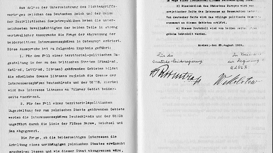 Secret additional protocol to the Nazi–Soviet Pact of 23.08.1939.
