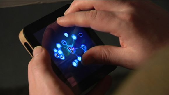 Video: The makers of the new Solu handheld computer hope to revolutionise personal computing.