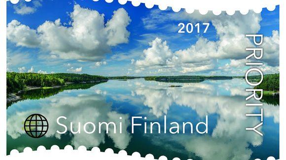 Pilviä saaristossa - vuoden 2017 kaunein postimerkki