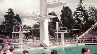 Olympialaiset 1952 uimahyppääjät uimastadionin tornissa