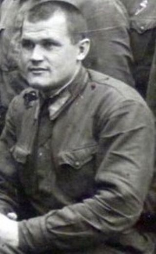советского пилота Валентин Голубев