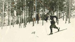 kiuru hiihtää