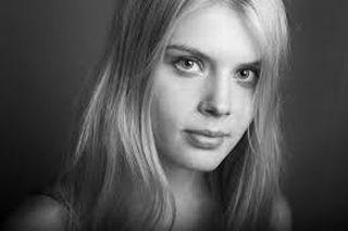 Alina Tomnikov.