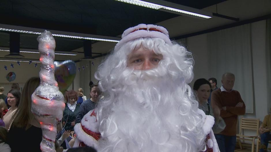 Viktor Ljubarskij Joensuu Suvenlahti Joulujuhla Pakkasukko