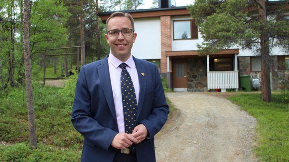 Jietna: Turku universitehta biodiversitehtaovttadaga hoavda ja biodiversitehtadutkamuša professor Ilari Sääksjärvi.