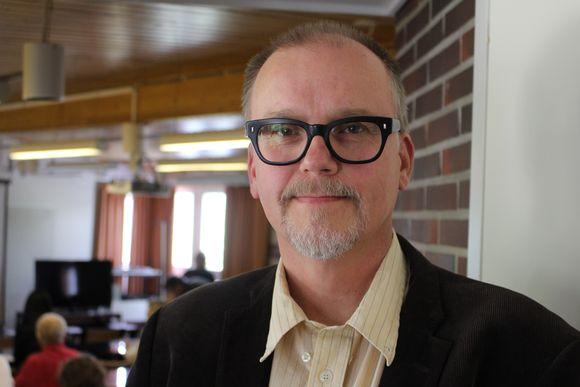 Professor Kari Saikkonen.