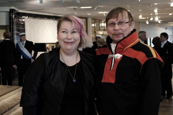 Dáidagiid dieđagotti dekána Satu Miettinen ja duojár Petteri Laiti