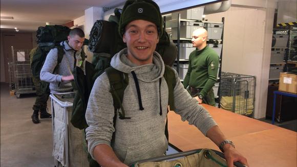 Juho Veijola tuli Iistä asti suorittamaan palvelustaan Ivalon Rajajääkärikomppaniaan.