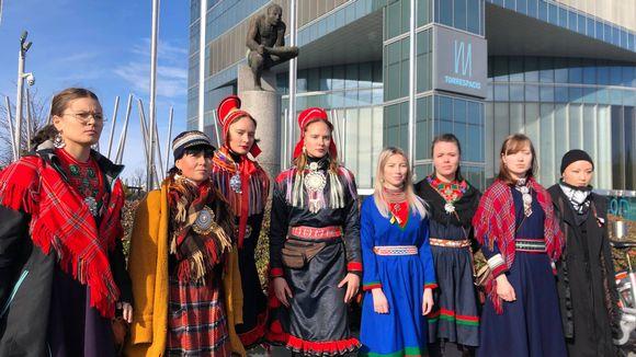 Martina Fjällberg, Jenni Laiti, Birit Haarla, Katja Haarla, Elin Nejne, Julia Rensberg, Ane Margrethe Ugelvik ja Aka Niviana Mørch Pedersen