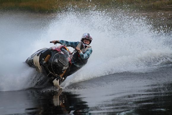 Vuotsolainen Water-Cross mestari Olli Magga