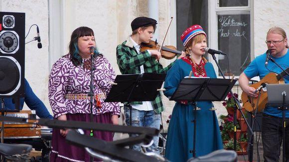 Suõmmkarin ensimmäinen konsertti Helsingissä 12.6.