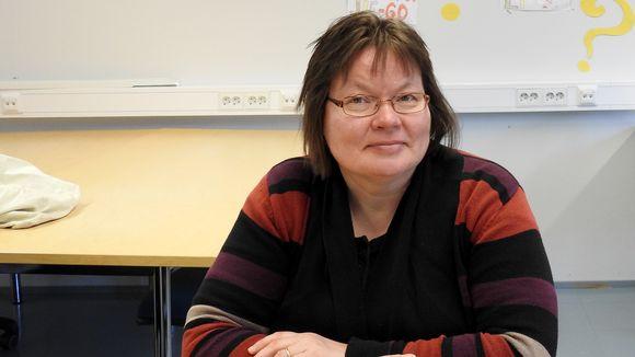 Anarâškielâ seervi saavâjođetteijee, kirječällee, Marja Liisa Olthuis.