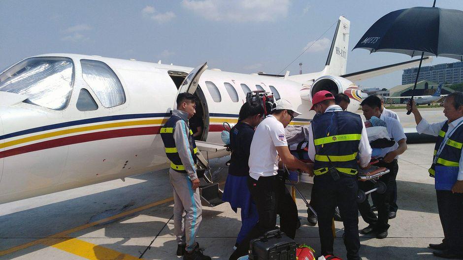 Heikki Niemimäkeä lennätetään sairaalalennolla Vietnamista Thaimaaseen.