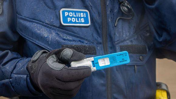 Poliisin huumetesti