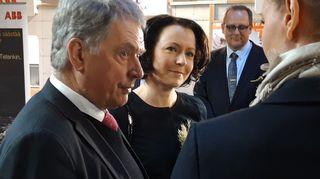 Tasavallan presidentti Sauli Niinistön ja rouva Jenni Haukion vierailu Vaasassa alkoi Yrityskylästä.