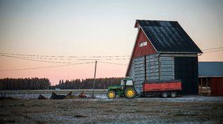 Traktori maatilalla