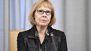 Perustuslakivaliokunnan puheenjohtaja Annika Lapintie perustuslakivaliokunnan sote-kokouksen jälkeisessä tiedotustilaisuudessa eduskunnassa Helsingissä 22. helmikuuta 2019.