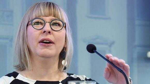 Sosiaali- ja terveysministeri Aino-Kaisa Pekonen.