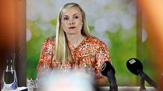Vihreiden puheenjohtaja, sisäministeri Maria Ohisalo vihreiden hallitusryhmän kesäkokouksen tiedotustilaisuudessa Lahden Seurahuoneella 10. elokuuta 2020.