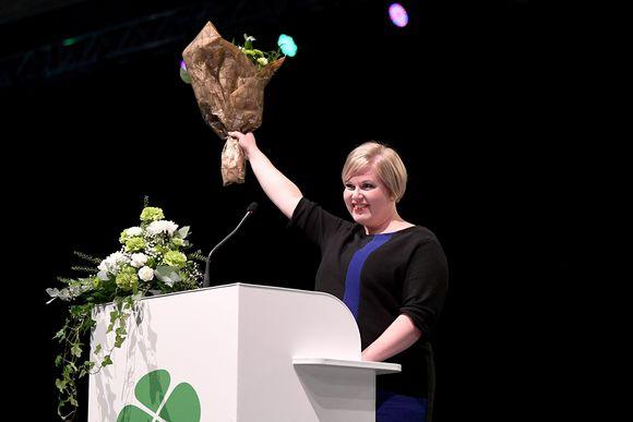 Keskustan puheenjohtajaksi valittu Annika Saarikko keskustan puoluekokouksessa Oulussa 5. syyskuuta 2020.