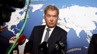 Presidentti Sauli Niinistö pitää tiedotustilaisuutta Suomen suurlähettiläiden kokouksessa.