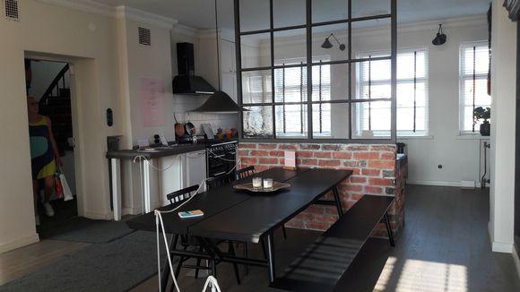 keittiö ja ruokahuone