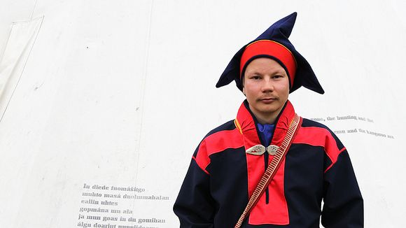 Niillas Holmberg Riddu Riđđu festivaaleilla Norjan Kåfjordissa heinäkuussa 2014