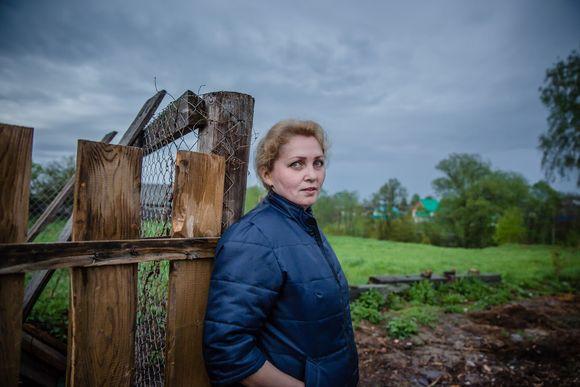 Kuvajournalisti Meeri Koutaniemi matkusti Marin tasavaltaan toukokuussa 2015. Kuvat nähdään ensimmäisen kerran Matka marien maalle - kiertueella elokuussa.