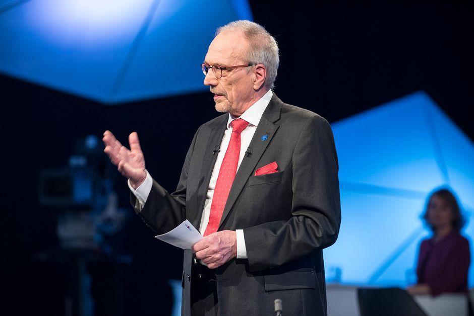 Nils Torvalds. Nils Torvalds. Nils Torvalds pitää puhetta presidenttitentissä, Nils Torvalds presidenttitentti 10.01.2018, presidenttipäivät TV1
