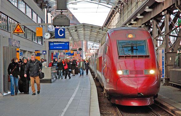20_1%20saksa%20K%C3%B6ln%20rautatieasema%20_junamatkustus_26.02376325.jpg